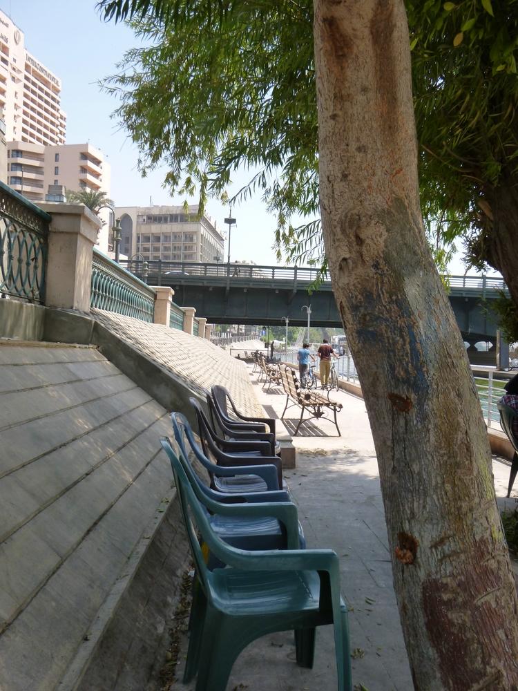 Eastern Nile Promenade with Nile Corniche Road.